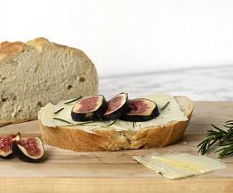 Desem brood met manchego en vijgen