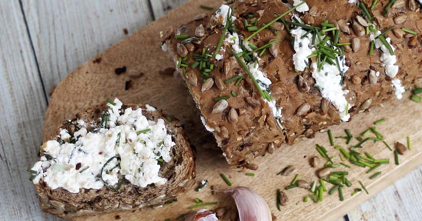 Duinen stokbrood met Hüttenkäse